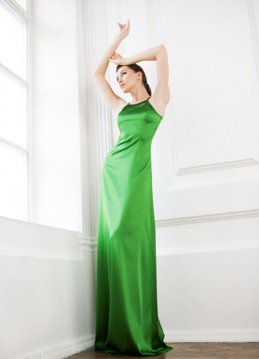 Платье шелковое длинное