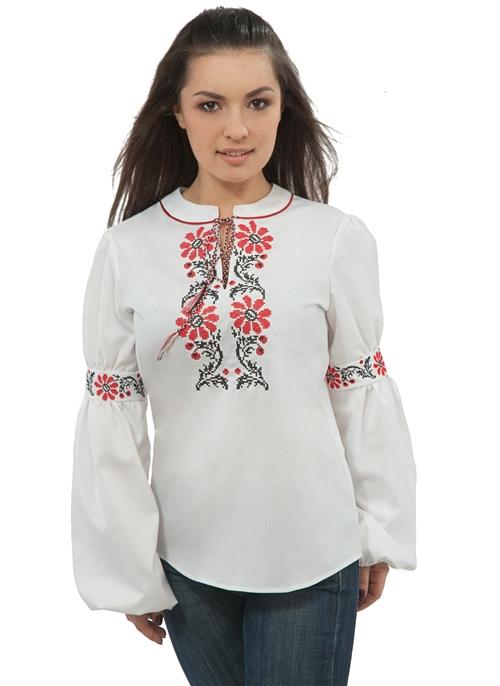Обережная вышивка на славянской одежде