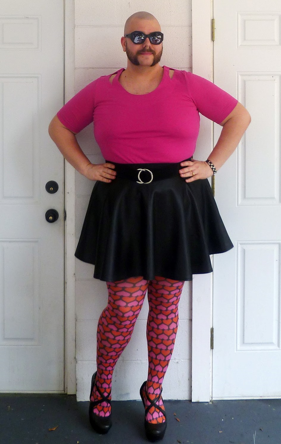 Я своим муж одевать сексуально женском платье и трахает — pic 1