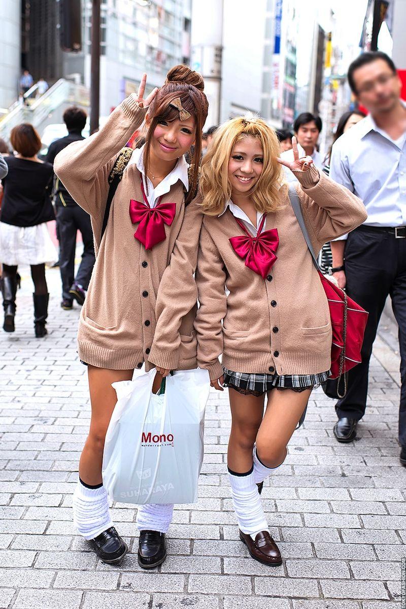 Фото японских девушек в панталонах фото 14-345