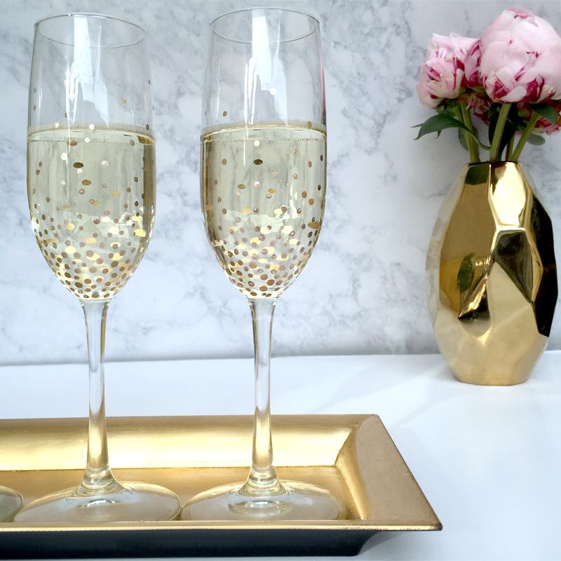 Пусть сияют даже бокалы для шампанского