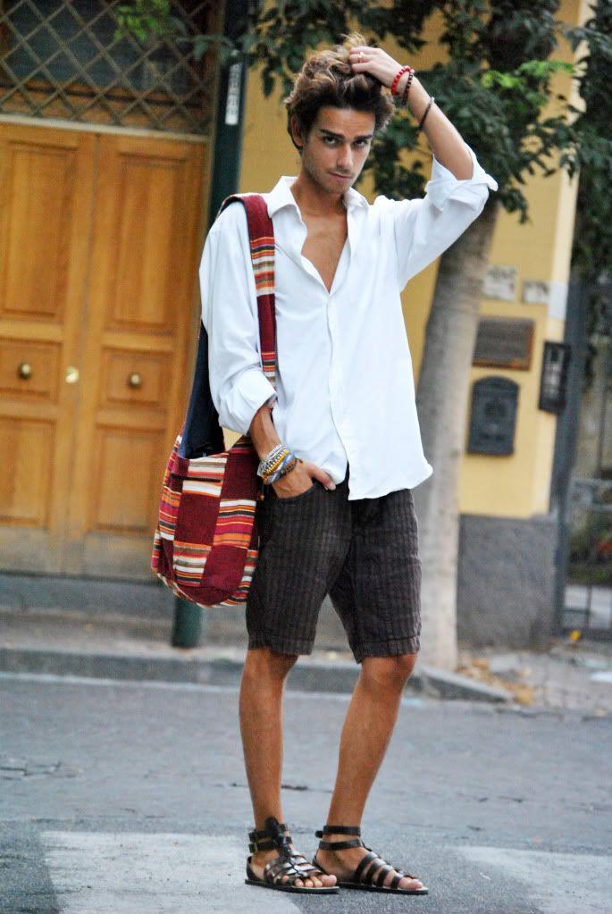 С чем носят сандалии мужчины