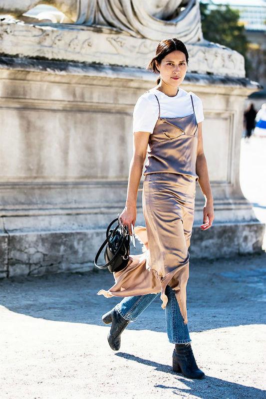 Неудачный образ с платьем-комбинацией