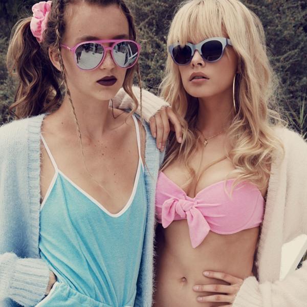 Девушки раздеваются на конкурсе пляжная красавица качек баба