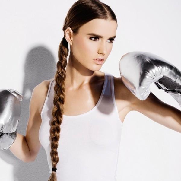 Фото прическа для фитнеса