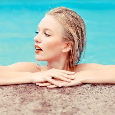 водостойкая косметика для бассейна