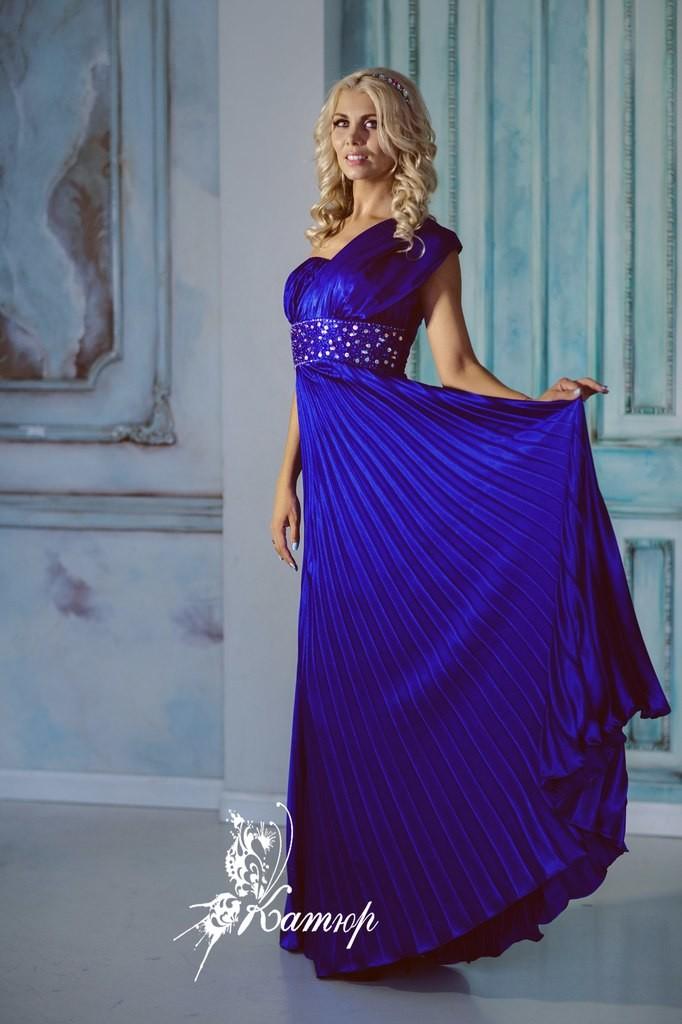 Распродажа вечерних платьев