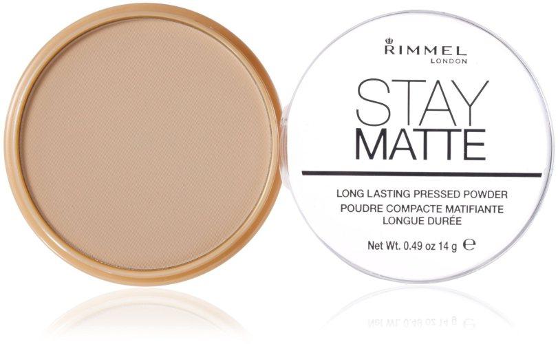 Компактная пудра Rimmel Stay Matte скрывает поры и матирует кожу до 5 часов, 315 руб.