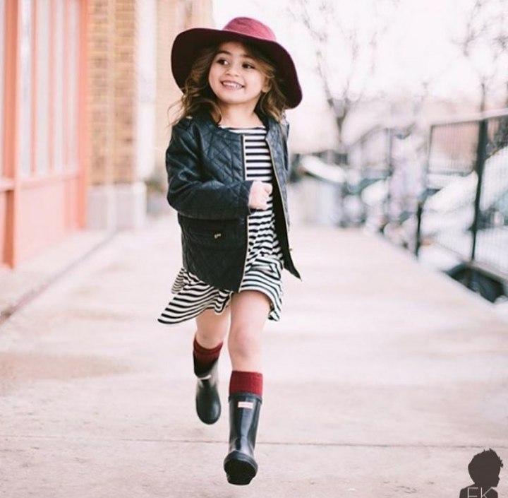 Фетровая шляпа цвета бардо