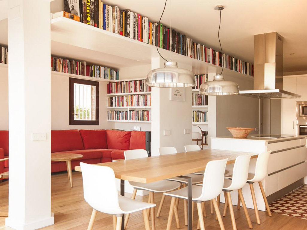 Хранение книг под потолком